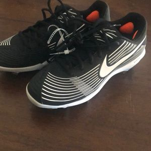 Black Nike softball metal cleats